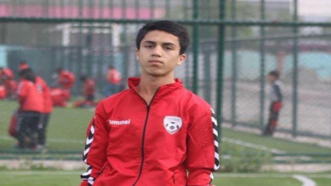 سقط من الطائرة الأمريكية.. مقتل لاعب كرة قدم باكستاني
